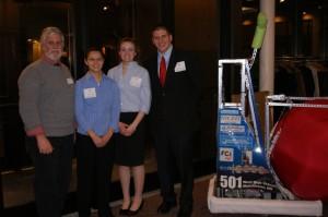 '09 NHSPE Dinner UNH Engineering Dean Henry w Dani_ Carolyn _Keith